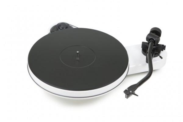 Plattenspieler RPM 3 Carbon mit Ortofon 2M Silver hochglanz weiß von Pro-Ject
